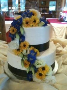 fresh-flower-wedding-cake